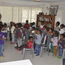 Family Mercy House - Den hjälp barnen får ifrån fadderföräldrarna hjälper dem till en ny förutsättning i livet.